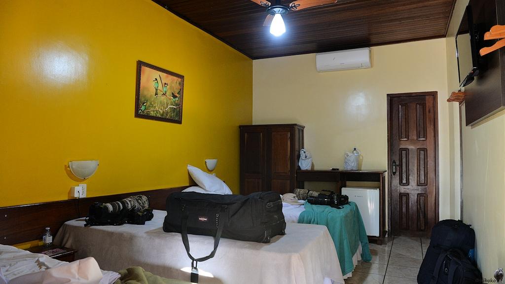 Innenasicht zum Zimmer mit drei Einzelbetten